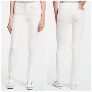 NWT Calvin Klein Ultimate Skinny Jeans White